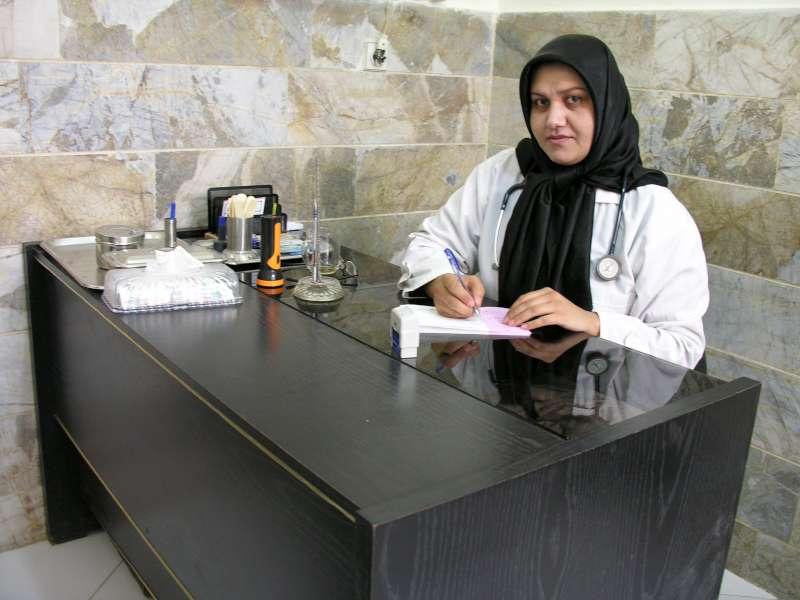 نسیبه حیدری پزشک زنان و زایمان