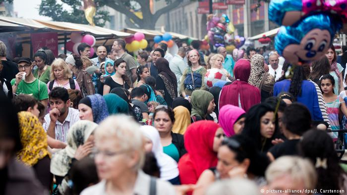 جذب مسلمانان در جامعه آلمان موفق بوده است