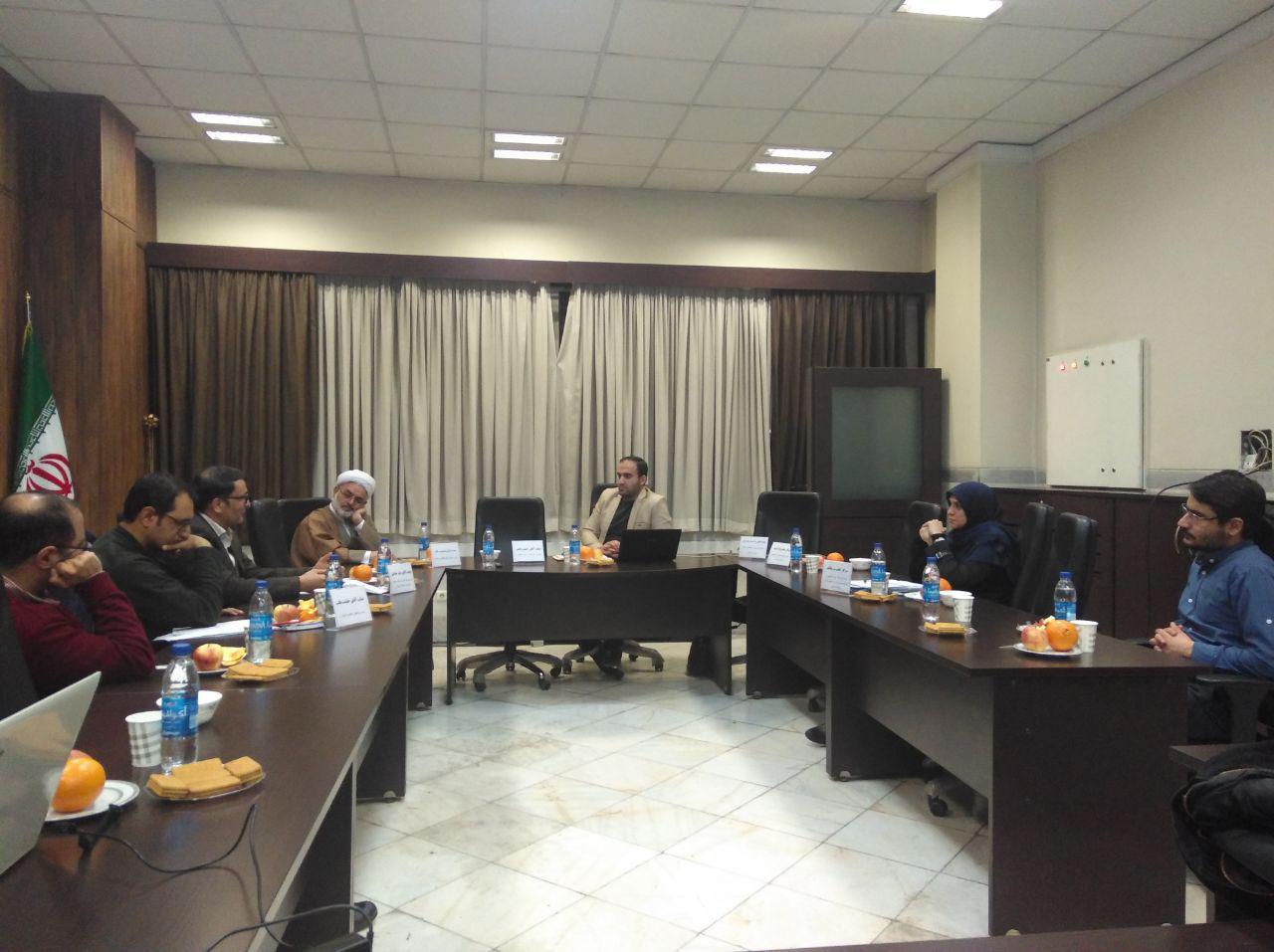 نشست بررسی ابعاد اعطای تابعیت به فرزندان مادر ایرانی پدر غیرایرانی