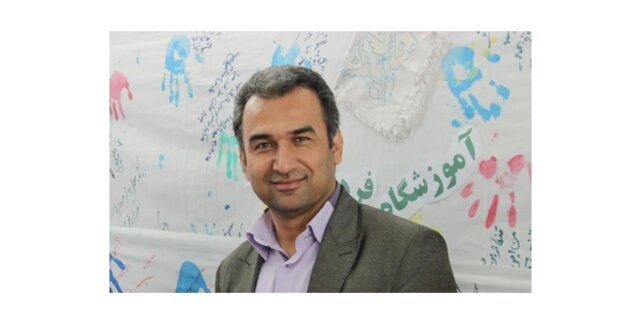 برخی ایرانیان هنوز نمیدانند زبان ما فارسی است
